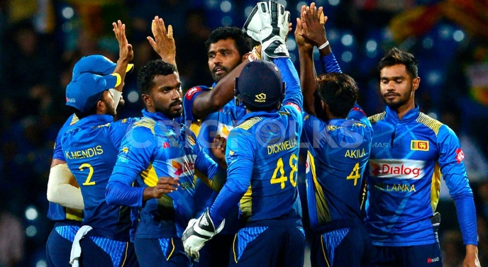 Sri Lanka cricketers stand against SLC, here is why